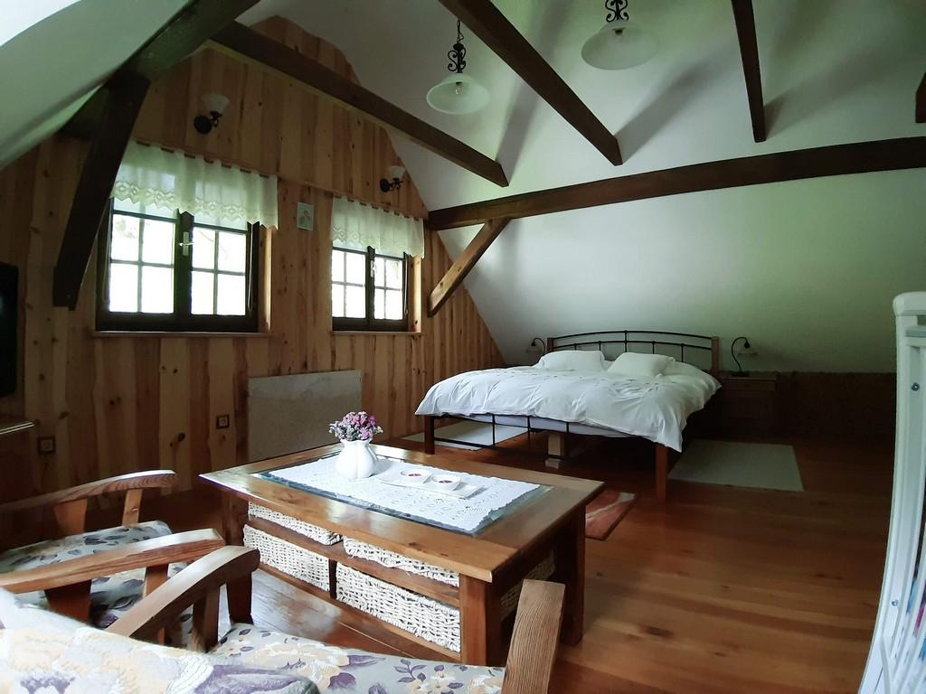 Glavna spalnica1